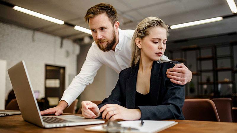 Was Unternehmen gegen sexuelle Belästigung am Arbeitsplatz tun können